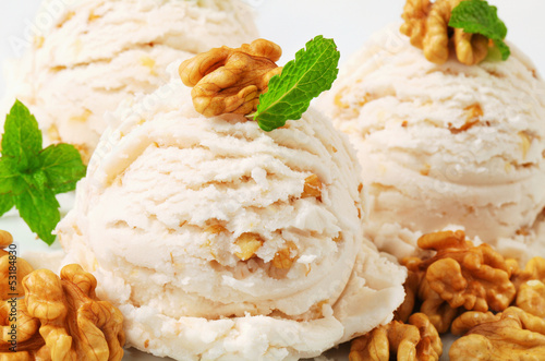 Poster Walnut ice cream