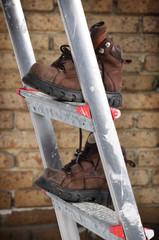 Stiefel auf der Leiter