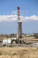 Torre di perforazione petrolifera.