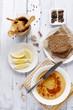 hummus, rye bread and turkish crisps