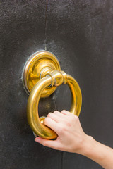Big brass knock-ring