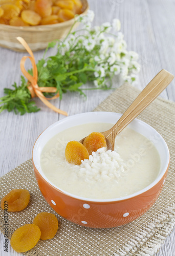 Rice soup with cream and dried apricots
