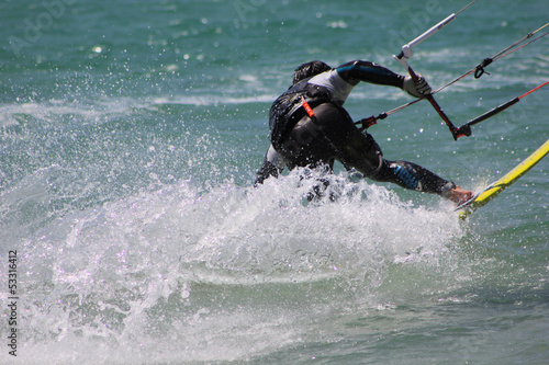 Kitesurfer in Aktion