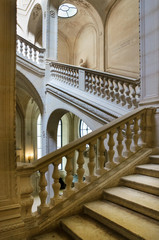 The interior stairway between the floors in the Louvre.