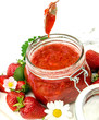 Leckerer Genuss: frisch gekochte Erdbeermarmelade