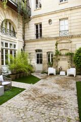 Immobilier, maison, résidence, habitat, patio, cour, jardin