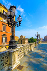 via indipendenza - bologna