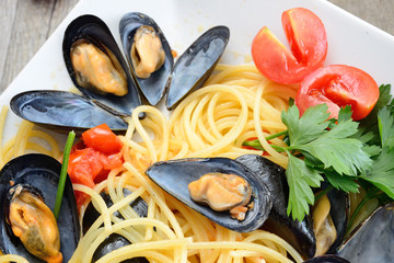 spaghetti with reef mussels