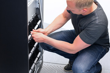 Technician Maintain UPS Battery Units