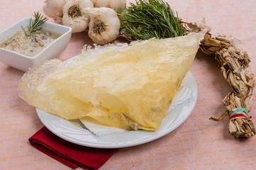 Borlengo, piatto tipico Emiliano