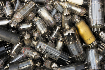 Heap of old vacuum tubes (relectronic components)