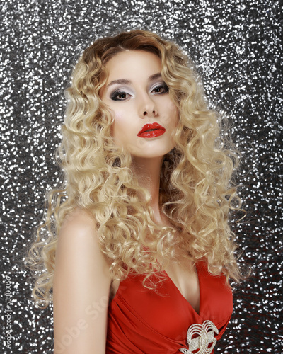 Glamor. Portrait of Luxurious Classy Blond with Sexy Red Lips