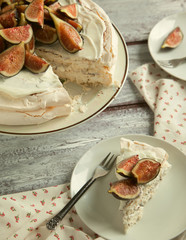 Meringue cake with fresh figs. Selective focus