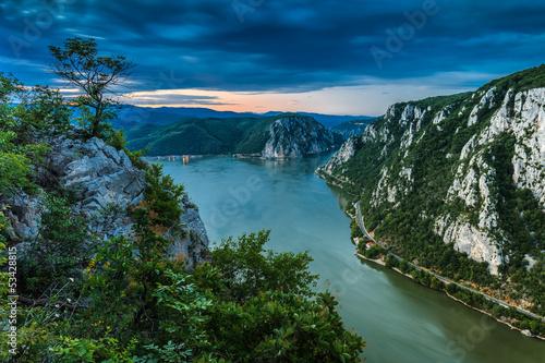 Leinwanddruck Bild The Danube Gorges
