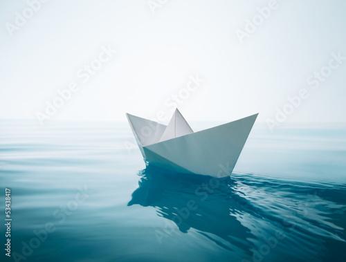 Leinwanddruck Bild paper boat sailing