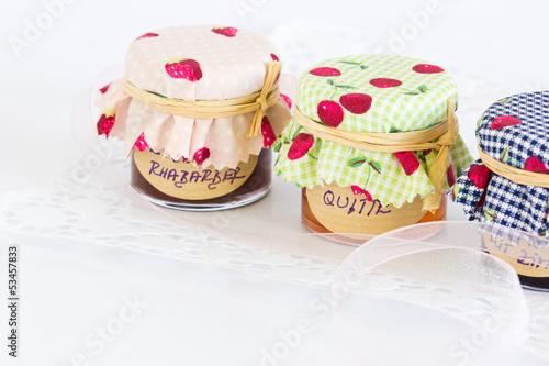 Kleine Marmeladengläser