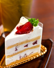 strawberry cheesecake in tea time