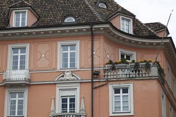 Balcone fiorito, Bolzano