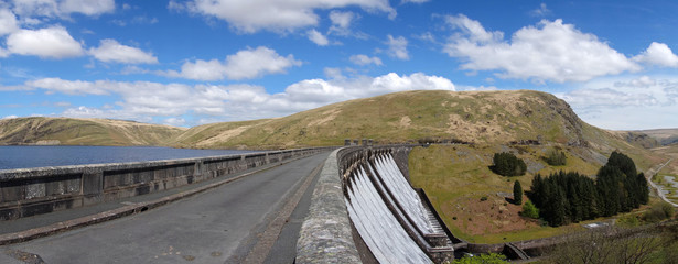 The Claerwen reservoir dam road panorama.