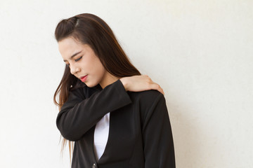 shoulder pain or stiffness, mild office syndrome