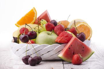 cestino di frutta fresca
