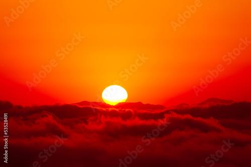 雲海からの日の出