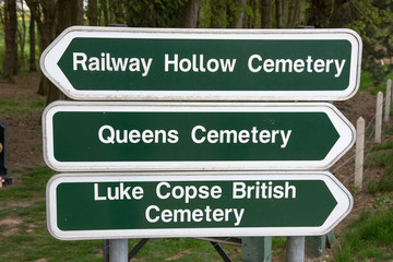 Direction sign for Commonwealth War Graves