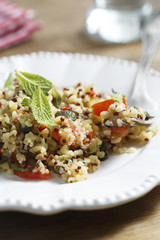 Quinoa, tomatoes and mint salad