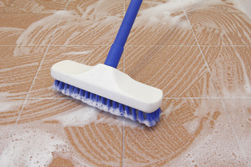 Floor Brush cleaning