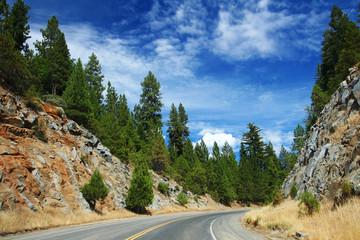 scenic road  to Yosemite national park,