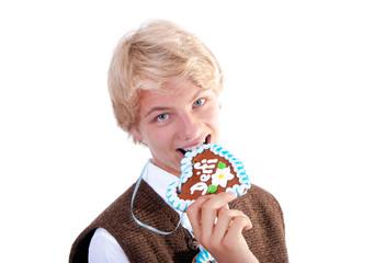 Teenager mit Lebkuschenherz