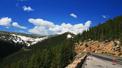 Ridge street to Rocky Mountain national park in Colorado, USA