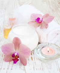 moisturizing cream with pink orchids