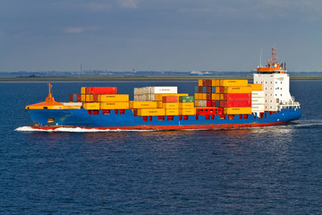trasporto merci nave mercantile