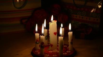 Kerzen ausp kleine Flamme