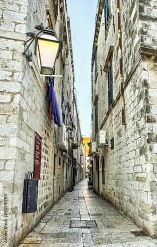 ulica-w-starym-miasteczku-dubrovnik-chorwacja