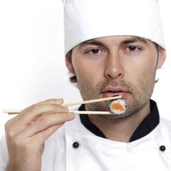 Koch propiert Sushi