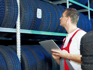 Master mechanic is looking for the right tire with touchpad
