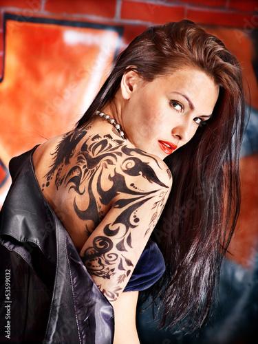 Fototapeten,gestalten,frau,mädchen,tattoo