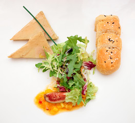 Foie gras with tropical fruit sauce and bread