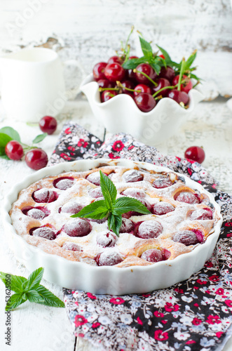Cottage cheese pie with cherries