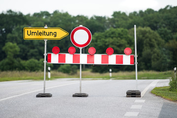 Straße gesperrt - Umleitung