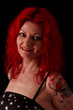 Frau mit roten Haaren