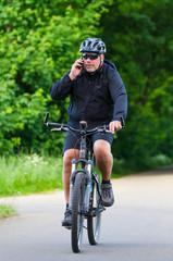 handy beim fahrradfahren