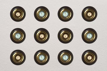 12 focos de luz