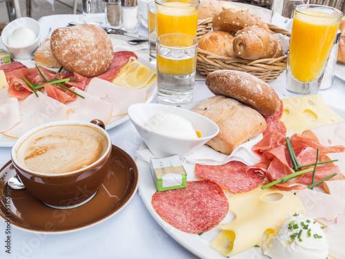 Breakfast - 53659812
