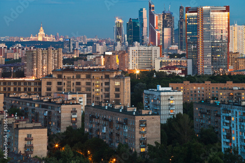 Foto op Canvas Milan panorama of city at dusk