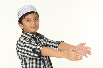 Islamic boy pray explanation