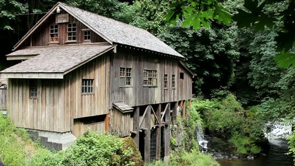 Cedar Creek Grist Mill is a historic grain grinding mill in WA
