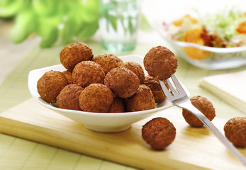 bowl of meat balls